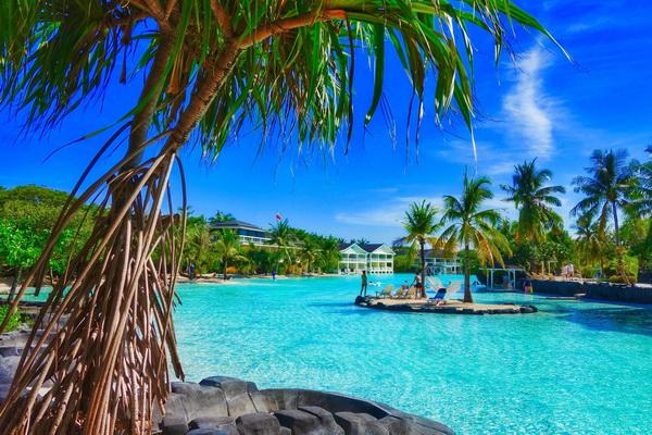 Beach Resort & Hotels in Mactan and Cebu